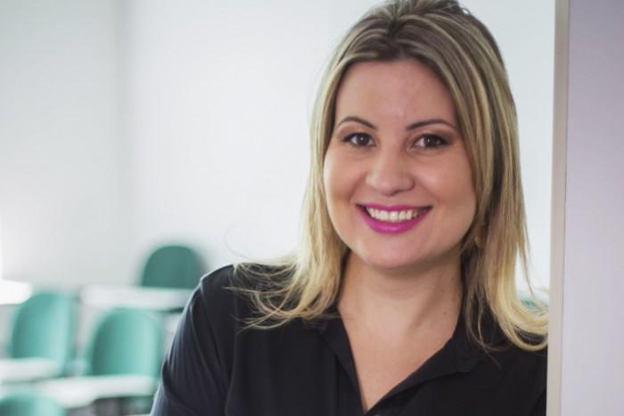 Ex-operadora de telemarketing fatura R$ 6 milhões com franquia