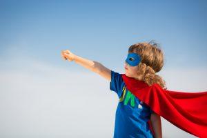 criança super heroi